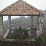 places to visit around chikmagalur - Nandhi Statue near Mullayanagiri Entrance